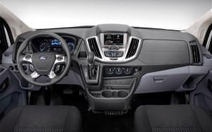 2014-ford-transit-vnutri1